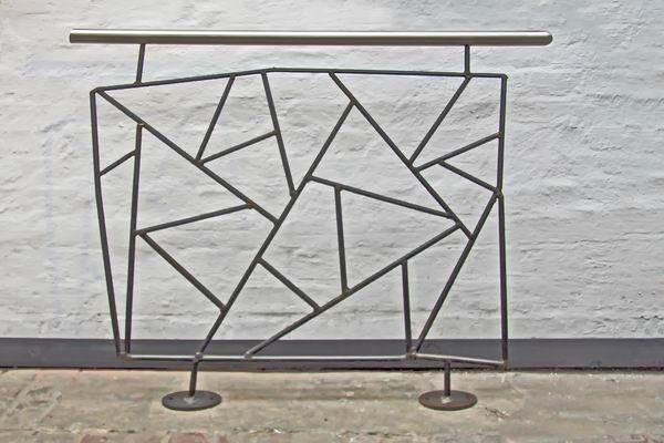 Geländermodell mit Schmitzstruktur, Preis per laufenden Meter
