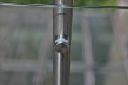 Balkongeländer aus Edelstahl und Sicherheits Glas