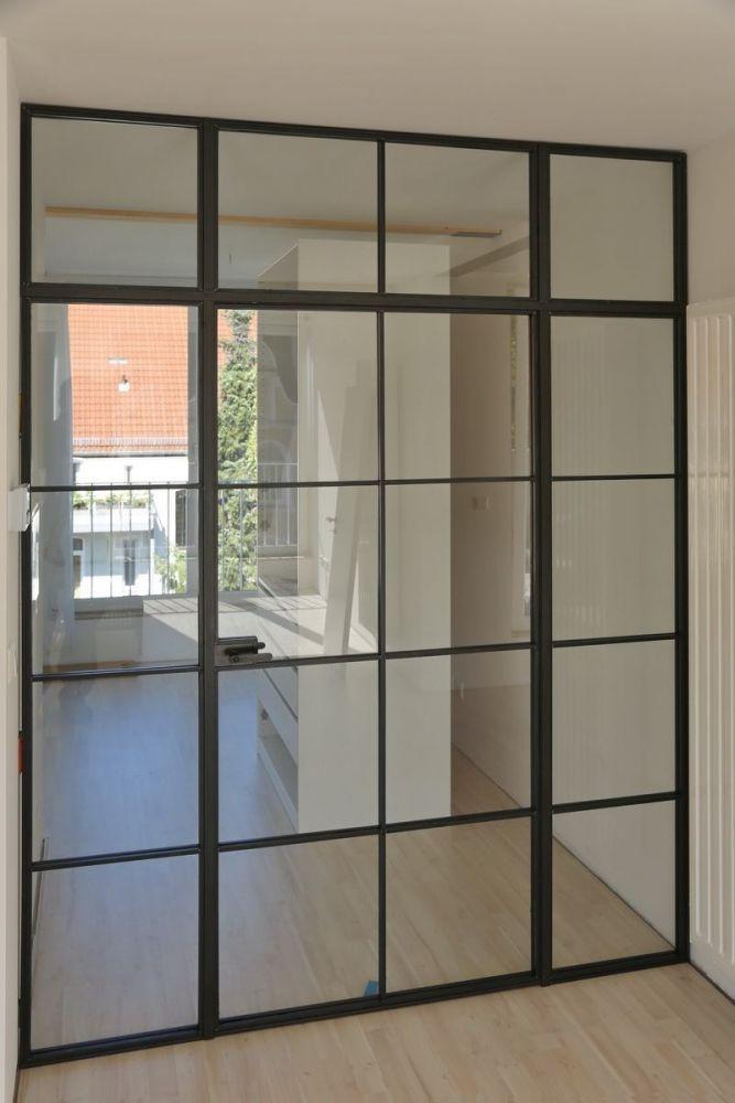 astreine glastrennwand im industrie look. Black Bedroom Furniture Sets. Home Design Ideas