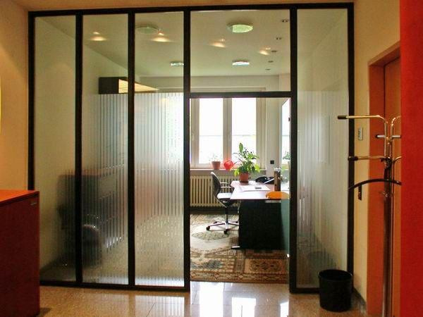 Glastrennwand für Verwaltungsgebäude mit Edge Folie