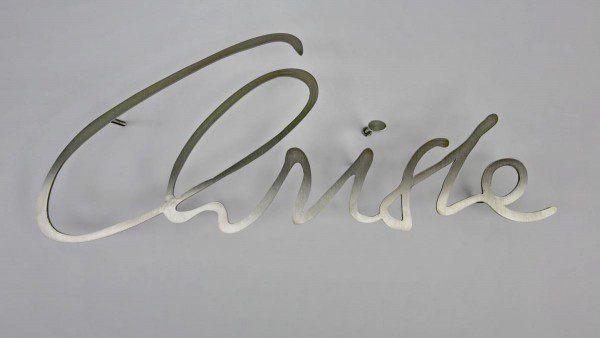 Grabschrift aus 3mm Edelstahl gelasert