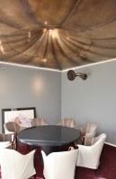 Der Raum mit der Grammophon Decke ist jetzt fertig