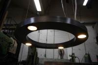 energiesparende Deckenleuchte aus Stahl