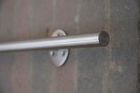 Handlauf aus 16 mm Edelstahl Vollmaterial