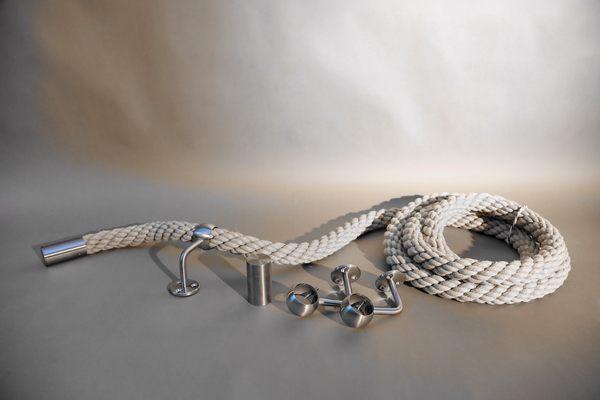 Handlauf Seil mit Edelstahl Haltern und Edelstahl Abschlüssen