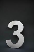riesige Hausnummer 3 aus 3 mm Edelstahl gelasert