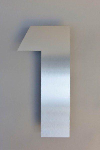 Die Nr. 1. Hausnummer aus Edelstahl