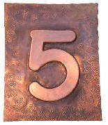 Hausnummern aus Tombak, Kupfer, Buntmetall oder Stahl