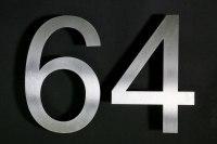Hausnummer 64 aus Edelstahl gelasert