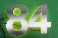 """Hausnummer """"84"""" aus Edelstahl hinterleuchtet"""