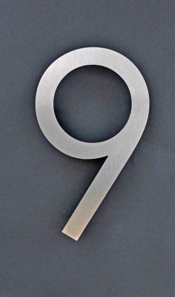 Nummer 9 aus Edelstahl gelasert