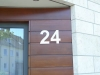 Hausnummer 24 aus 3 mm Edelstahl gelasert