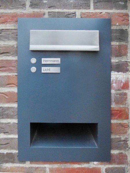 Briefkasten aus lackiertem Edelstahl