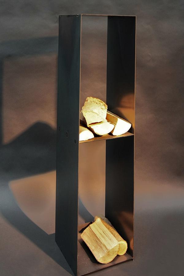 kaminholzregal aus rohem stahlblech. Black Bedroom Furniture Sets. Home Design Ideas