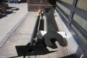 riesiger Maulschlüssel und Luftpumpe für die neuen Skulpturen im Mullewapp