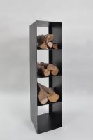 Kaminholz Regal aus lackiertem Stahl