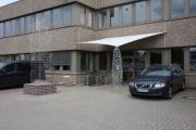 Kavernen Skulptur aus Edelstahl Vollmaterial für die neue Firmenzentrale in Emmerke