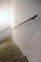 Handläufe aus 16 mm Vollmaterial Stahl für eine Kellertreppe