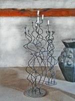 2 Kerzenleuchter aus Stahl