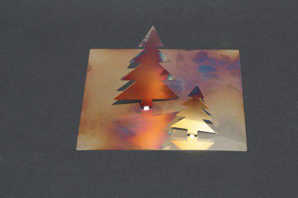großer Klapp Tannenbaum aus Edelstahl, flammoxidiert