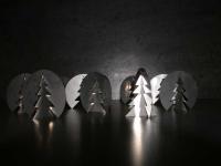 richtig Klasse: pfiffige Drehtannenbäume aus Edelstahl gelasert