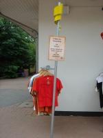 Kleiderständer in Tatzi Tatz Shop im Zoo Hannover