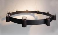 Kronleuchter mit Stahlseilaufhängung