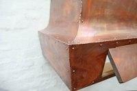 Kupferhaube als Atrappe für eine Gastherme