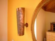 Wandhängende Kupferleuchten