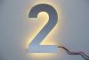 "Hausnummer ""2"" aus Edelstahl mit LED-Beleuchtung"