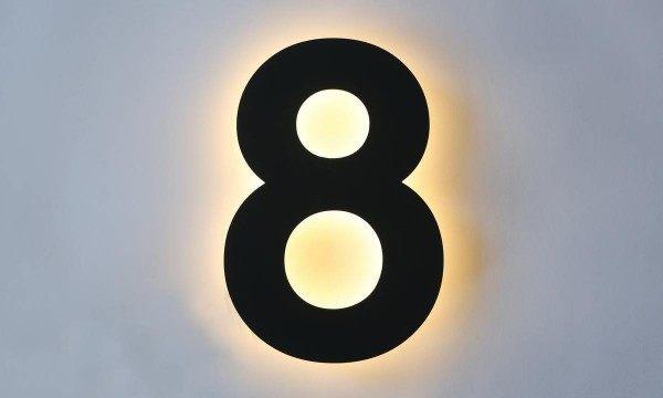 LED Hausnummer in RAL 7016 lackiert