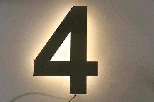 Hausnummer mit  LED-Hinterleuchtung