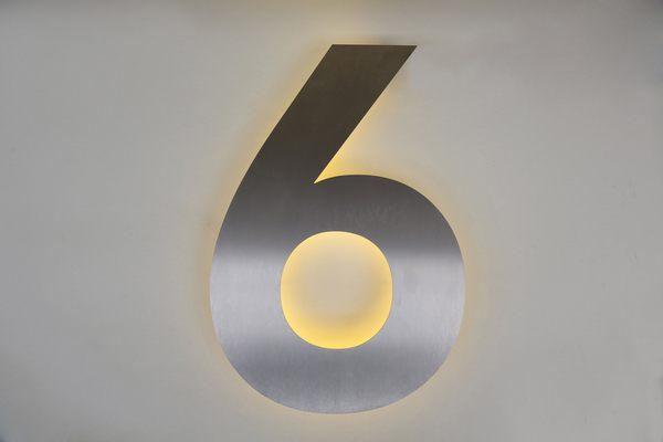 Edelstahl Hausnummer 6 mit LED