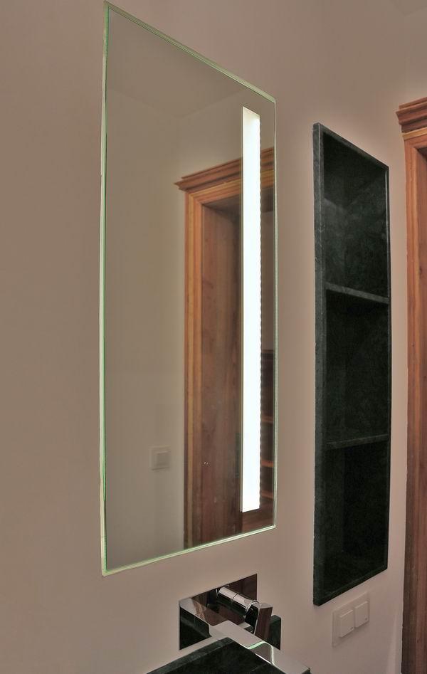 spiegel mit spiegelrahmen edler wandspiegel mit spiegelrahmen 80x60cm von colmore spiegel. Black Bedroom Furniture Sets. Home Design Ideas