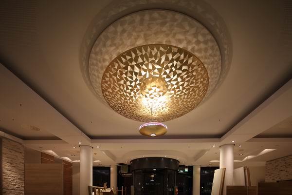 kronleuchter fr das foyer im ramada hotel in berlin am alexanderplatz - Kronleuchter Fur Foyer