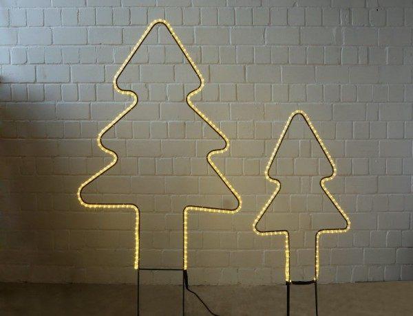 zwei schöne Leucht Tannenbäumchen