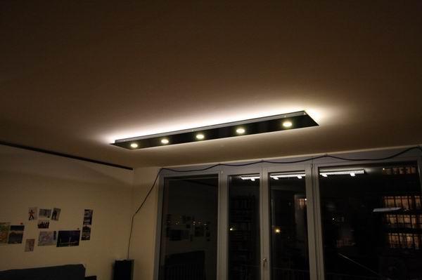 deckenleuchte aus stahl direkt strahlende energiesparleuchten und. Black Bedroom Furniture Sets. Home Design Ideas