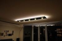 Deckenleuchte aus Stahl, direkt strahlende Energiesparleuchten und indirekt strahlende LED Leisten