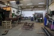 23.03.2010 Die Radsätze der Hänger werden auseinander geschnitten und passend zusammen gesetzt