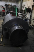 14.01.2010 der Rohbau der Lokomotive wurde mit Nieten versehen und der Wasserkessel bekam seine Verkleidung