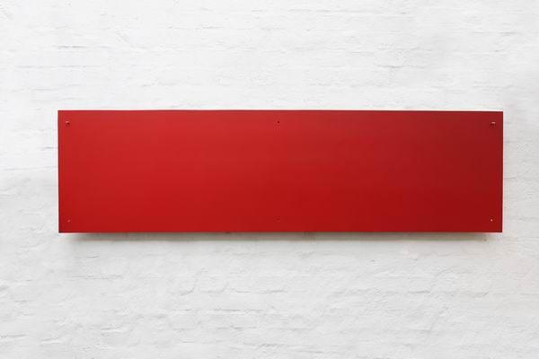 Rote Magnetpinnwand aus Stahl