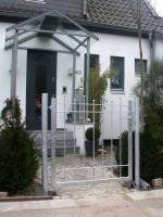 Gartentür aus feuerverzinktem Stahl