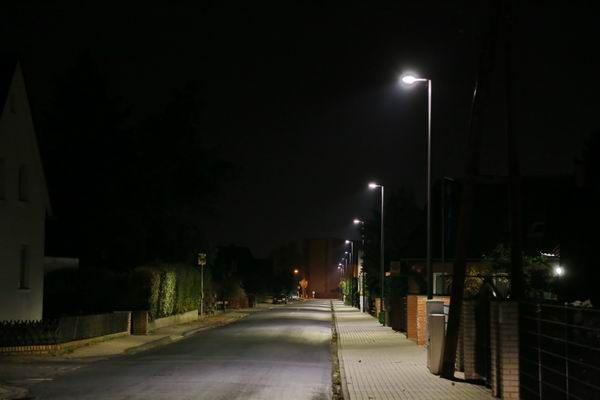 Lichtplanung mit LED Mastleuchten für die Stadt Peine, Neuer Weg