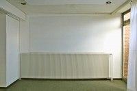 Weiß lackierte Magnet Pinnwand für den Kunstverein Uelzen