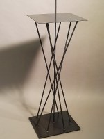 Stahlpodest oder Sockel für eine Skulptur