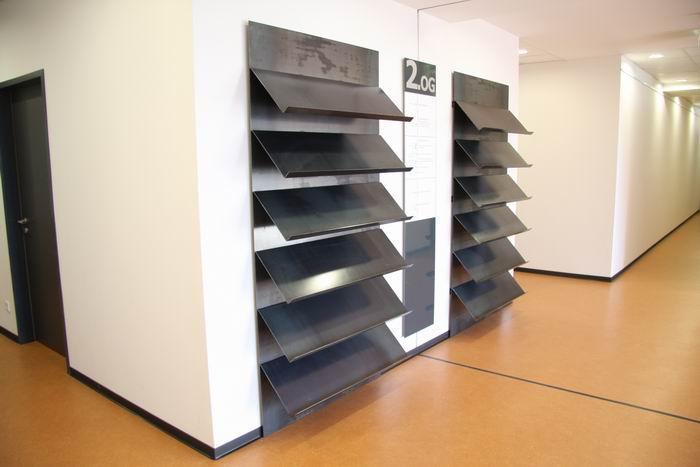 prospekthalter aus stahl f r die stadt hamm. Black Bedroom Furniture Sets. Home Design Ideas