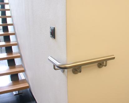 Wandschutz, Eckschutz, Kantenschutz, Rammschutz aus geschliffenem Edelstahl