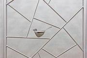 Wunderschönes Rankgitter aus Edelstahl mit zwei Metallvögeln