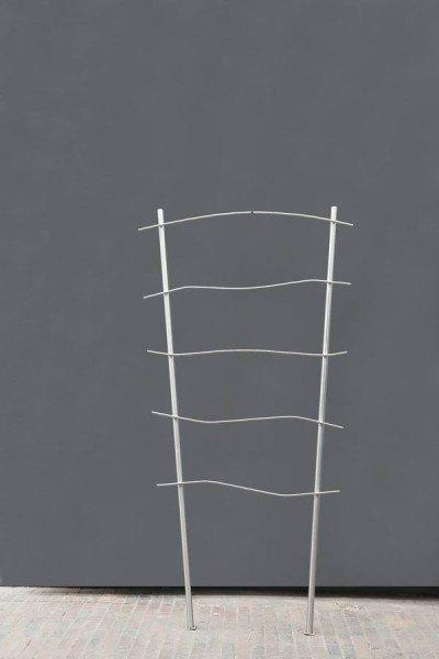 Rankgitter aus Edelstahl mit fünf Querstreben