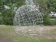 Rankskulptur aus verzinktem Stahl